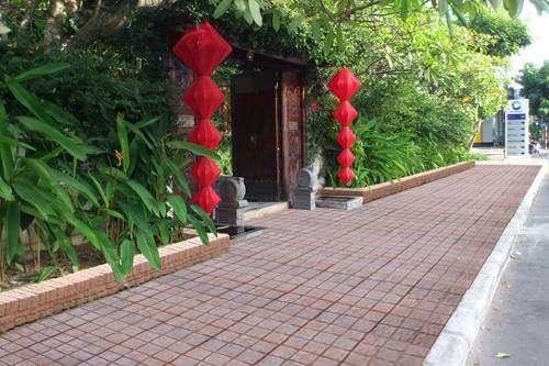 Tư vấn nên chọn gạch lát sân nào phù hợp cho nhà của bạn